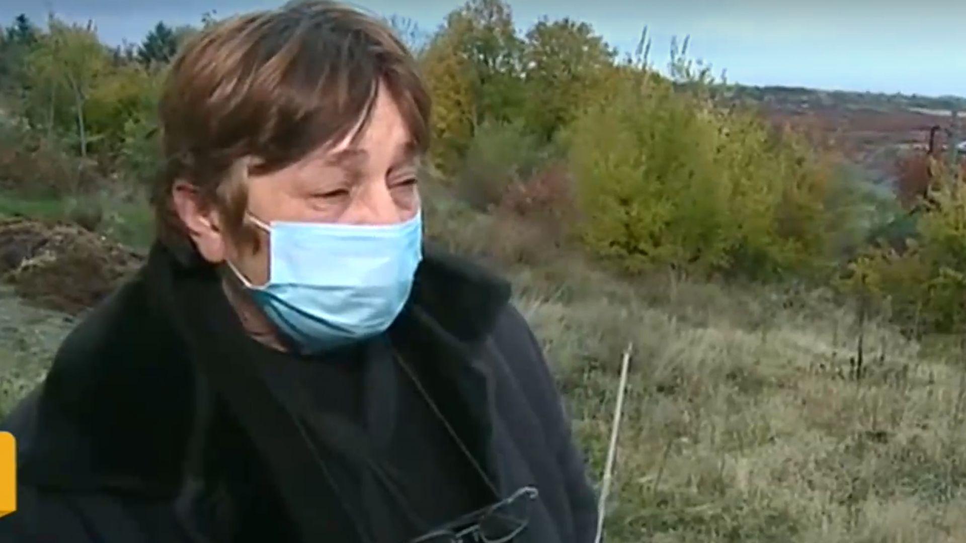 Съпругата на единия починал след чакане на болничните стълби разказа за преживения ужас
