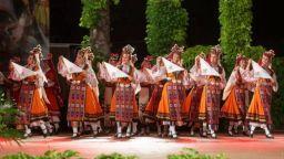 """Фолклорен ансамбъл """"Варна"""" отбелязва 60 г. от създаването си"""