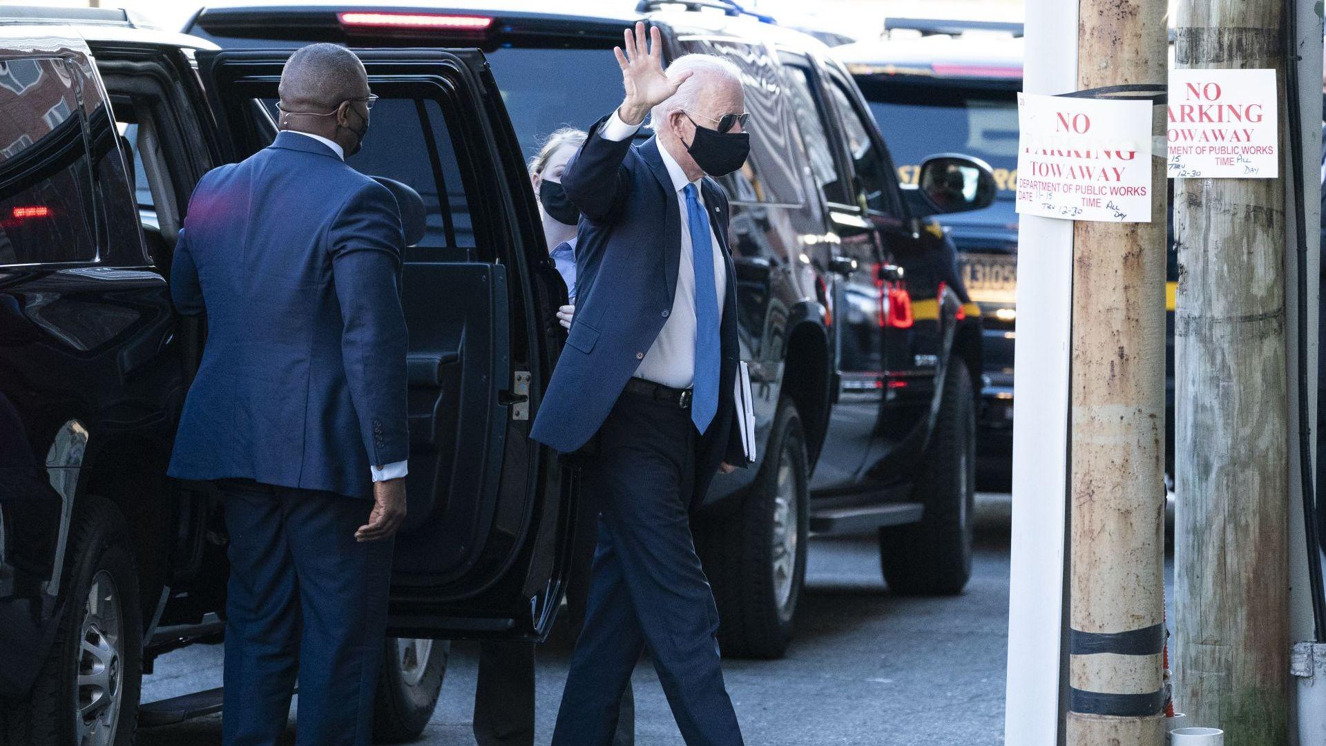 Байдън нарече Овалния кабинет mi casa, поиска от Конгреса милиарди срещу пандемията