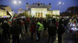 За 143-а вечер протест блокира за кратко центъра на София