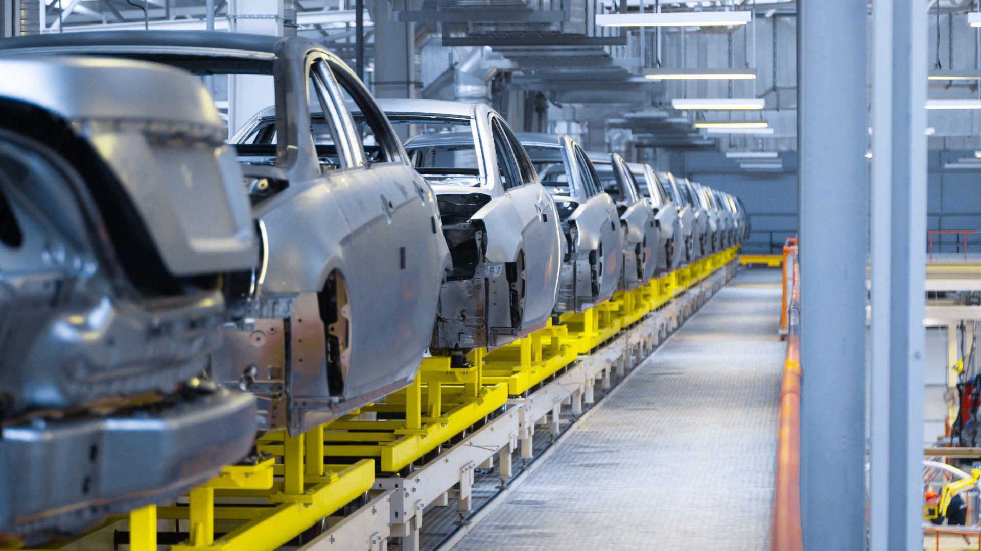 """""""Зелени проблеми"""" надвиснаха над автомобилната индустрия в Европа"""