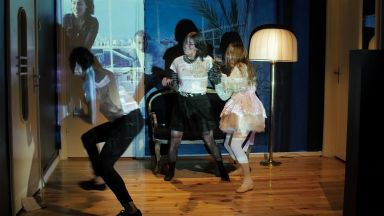 """""""Един ден, в който има всичко"""" - има ли нужда в театъра от конфликт"""