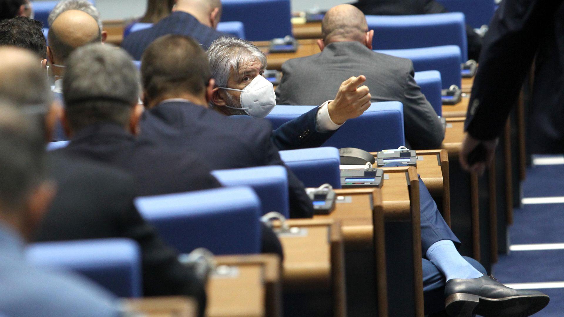 Приеха бюджета на ДОО: какви ще бъдат пенсиите и обезщетенията през 2021-а