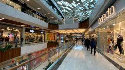 На шопинг в Одрин: Ако и в България има такава дисциплина, ще забравим за COVID-19 до Коледа