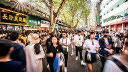 Експерти на СЗО искат отново да посетят пазара в Ухан, откъдето е тръгнал  новият коронавирус