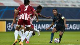 Пестелива победа прати Манчестър Сити на осминафинал в Шампионската лига