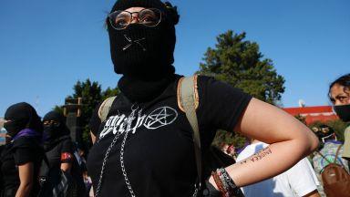 """Мексико обеща да сложи край на """"мачизма, който убива"""" хиляди жени (снимки, видео)"""