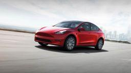 Tesla подготвя компактен електромобил за Европа