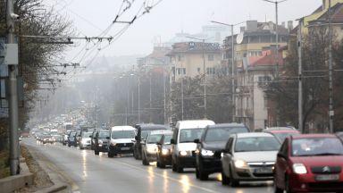 Без автомобили с нисък екологичен клас в дни с мръсен въздух в центъра на столицата