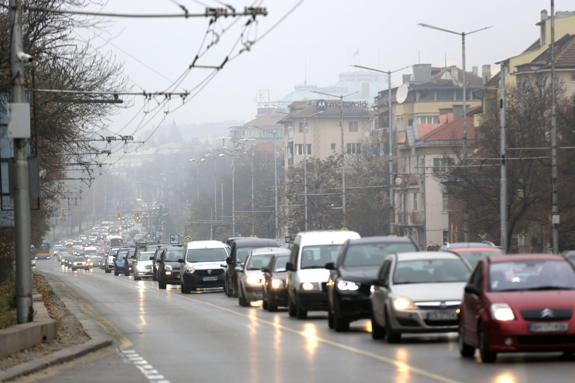 В час пик сутринта на Цариградско шосе днес