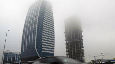 Отново мръсен въздух и мъгла в София, буферните паркинги са безплатни