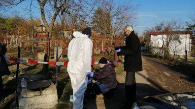 Внукът на убитата двойка в Шумен ги пребил до смърт с метална тръба