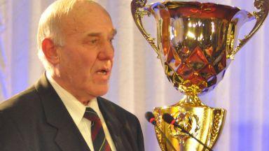 Почина бившият капитан на България и президент на БФС Димитър Ларгов