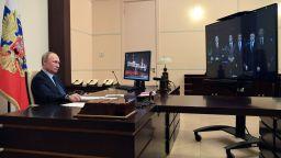 Путин откри завод за лекарства срещу Ковид-19 в момент на анти-рекорди