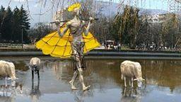 """""""Водна паша"""" на скулптора Павел Койчев ще се появи в Южния парк"""