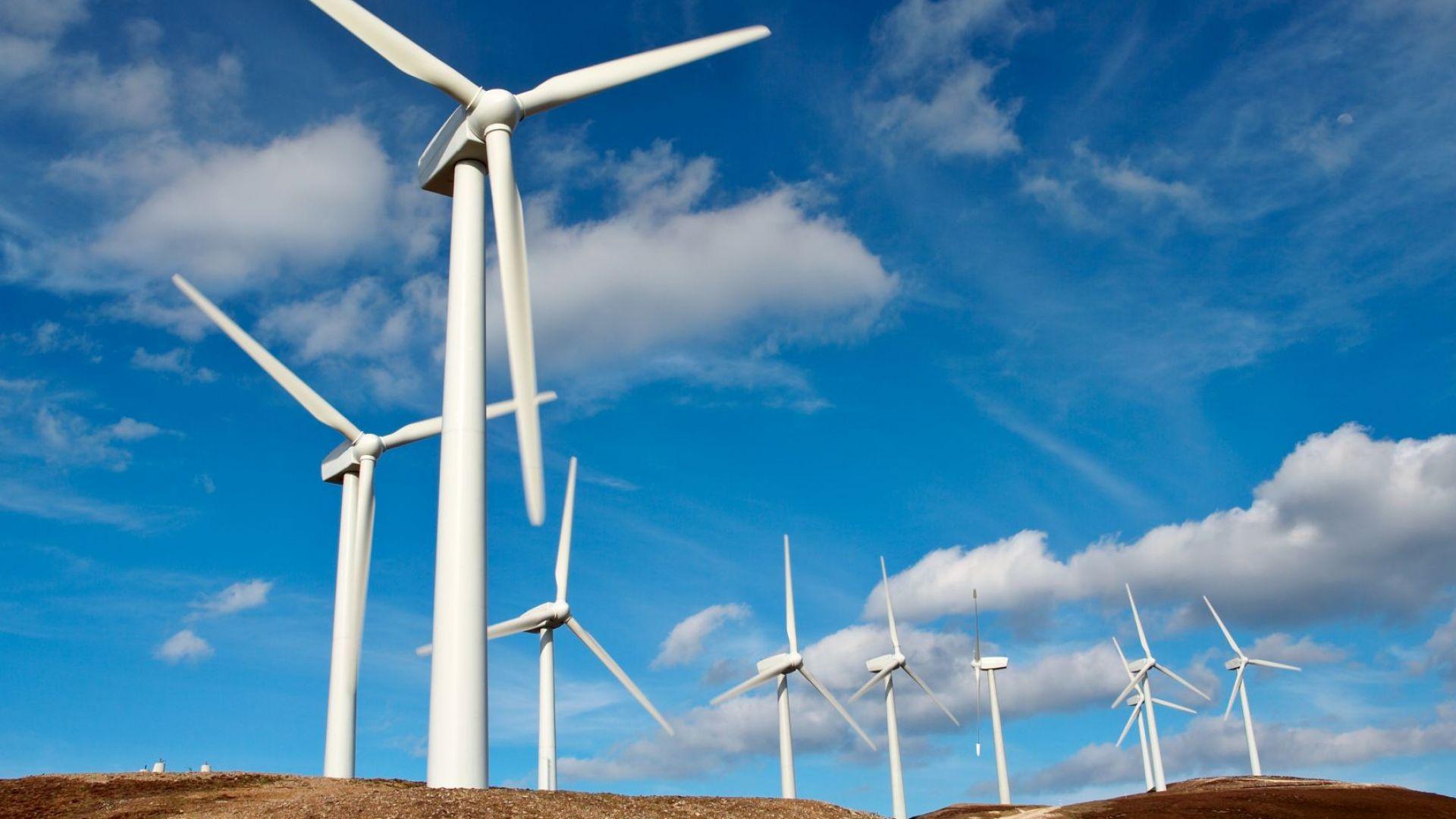 Вятърната индустрия с рекорд от близо 100 ГВт нови турбини през 2020 година