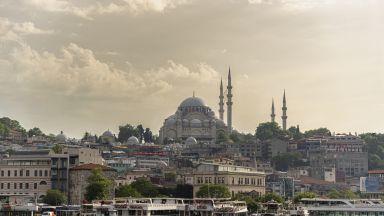 Турция продава 10% от Истанбулската фондова борса на Катар
