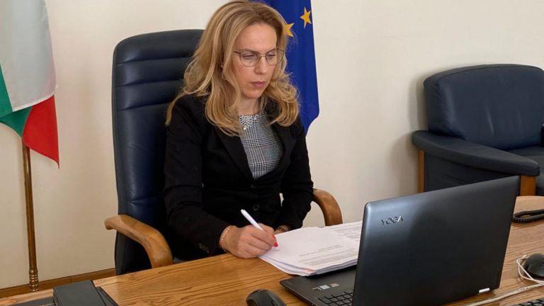 Вицепремиерът и мининстър на туризма Марияна Николова обяви в студиото