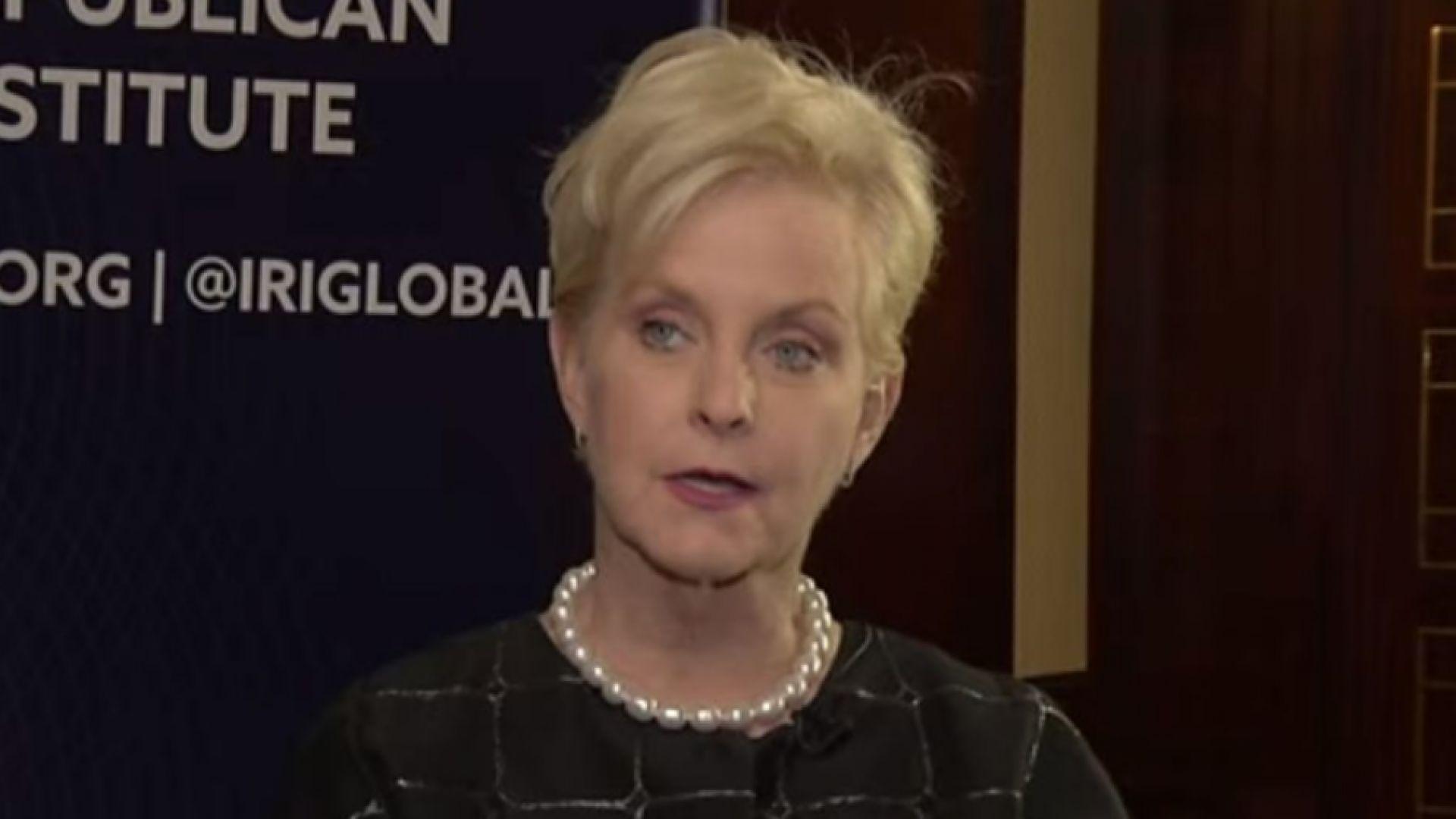 Байдън обмисля да направи вдовицата на сенатор Маккейн посланик на САЩ в Лондон