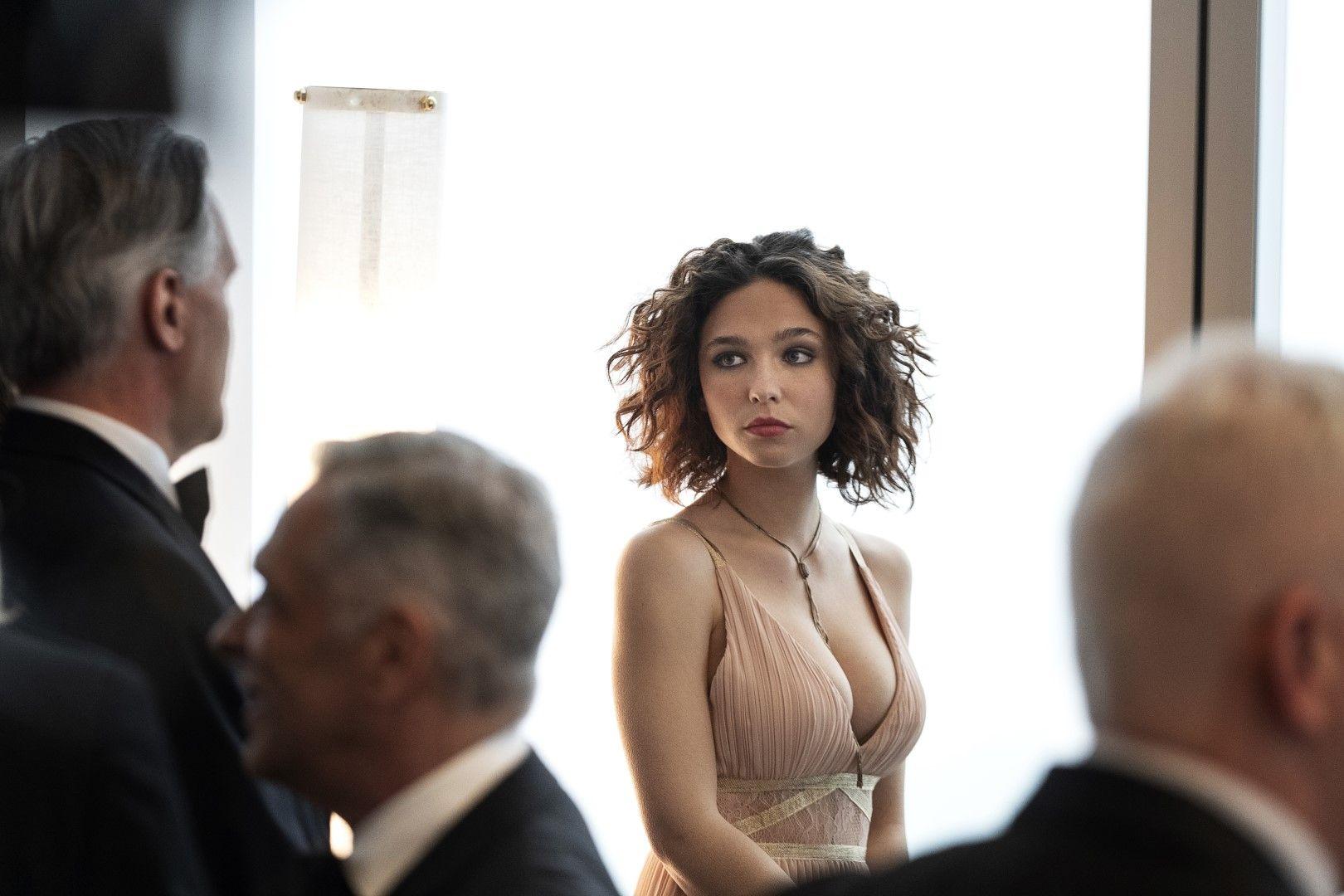 Елена Алвес (Матилда Де Ангелис), чието убийство се разследва (Снимка: HBO)