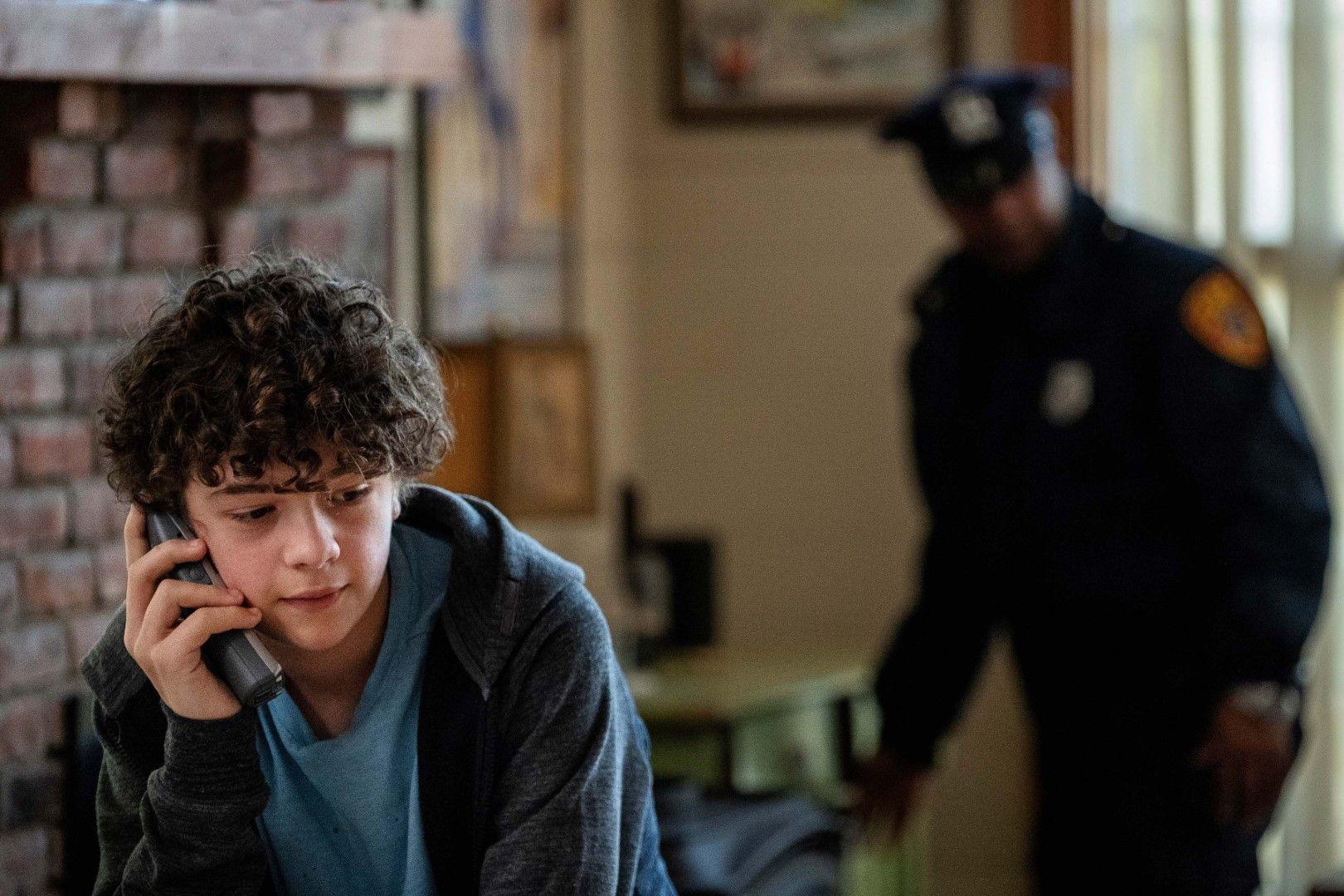Хенри Сакс (Ноа Джуп), синът на Грейс и Джонатан (Снимка: HBO)