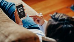 Рекордни онлайн продажби на Черния петък