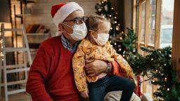 Темата COVID-19 не подмина и Дядо Коледа - ето какво искат децата