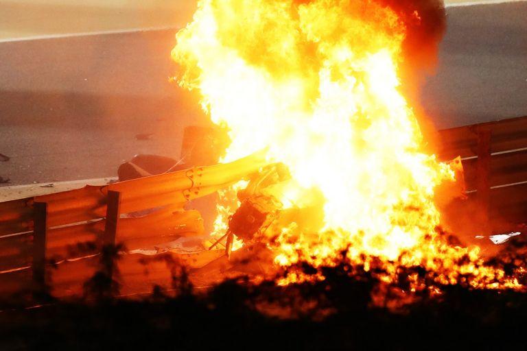 Зловещата катастрофа с Ромен Грожан от Формула 1 в Бахрейн. Първосигналната реакция на всички бе, че повече няма да чуем и да видим от него след този инцидент