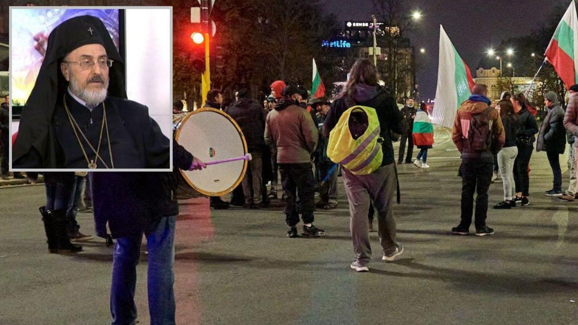 Христофор Събев: Няма до кого да застана на протестите - едни комунисти искаха оставката на други