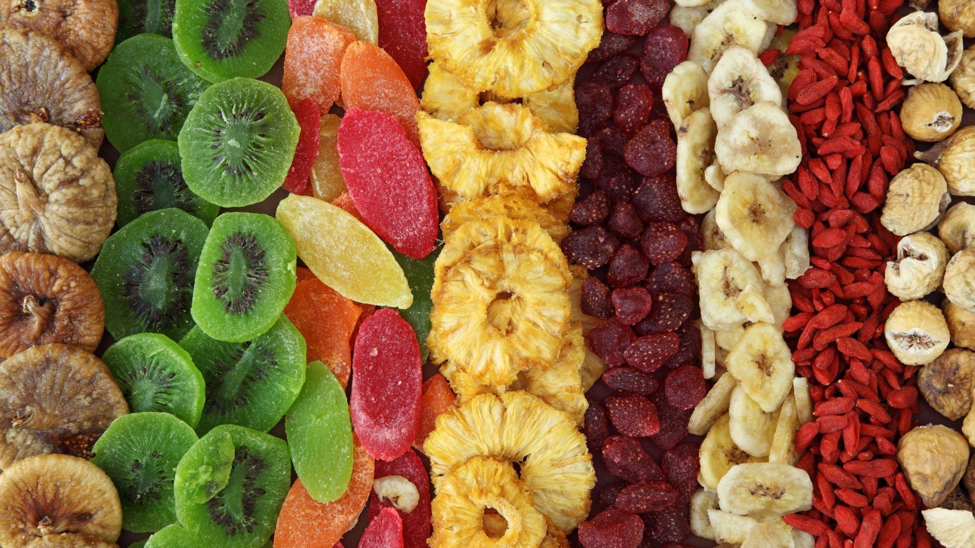 Хората, консумиращи сушени плодове, са по-здрави