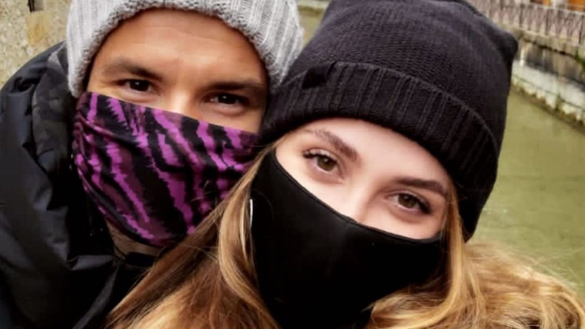 Първата публична целувка на Григор Димитров и Лолита Османова (видео)