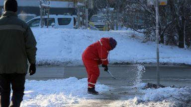До 700 лева глоба за непочистен сняг пред блока