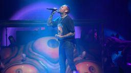 """Крис Браун триумфира с 4 статуетки на наградите """"Soul Train"""""""