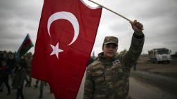 Азербайджанската армия влезе и в Лачин, третия окръг, граничещ с Нагорни Карабах