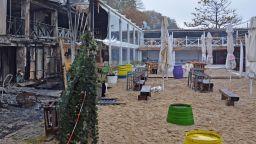 Горя крайбрежно заведение във Варна (снимки)