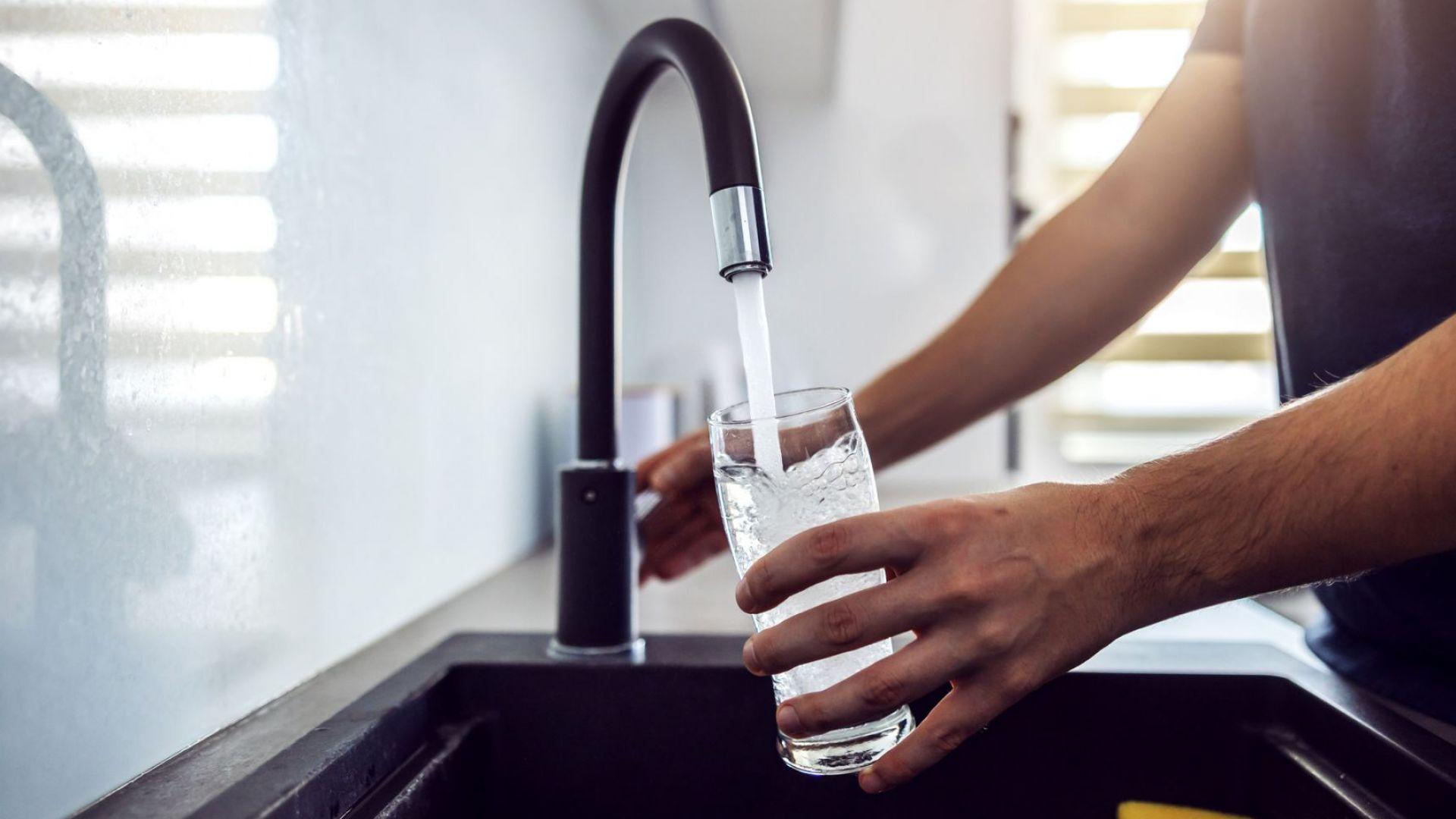 Средно 60% от водата във водоснабдителната система не носи приходи