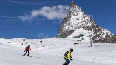 Швейцария не се дава и няма да затваря ски курортите