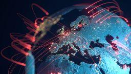Британското разузнаване: Китай може да установи контрол върху световната операционна система