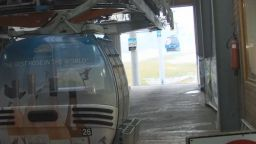 Първата кабинка тръгна към пистите в Банско преди студентския празник