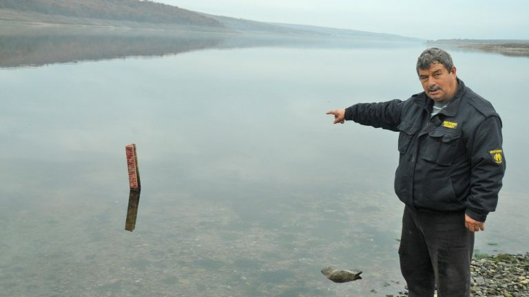 "Сериозно спадна нивото на водата и на язовир ""Порой"" (снимки)"