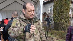 Веселин Плачков и Мариана Попова търсят кръвна плазма за емблематичен кмет