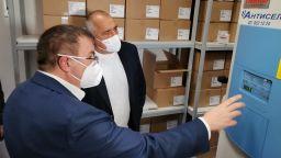 Борисов провери готовността на страната за първата доставка на ваксини