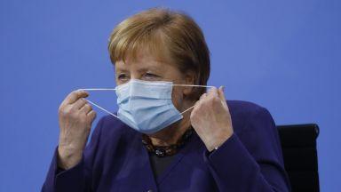 Меркел се обади на Байдън, покани го в Германия