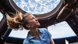 Как си почиват астронавтите на МКС (снимки)
