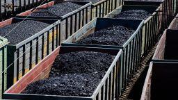 """Въглищата: """"Умирай трудно"""", епизод пореден"""
