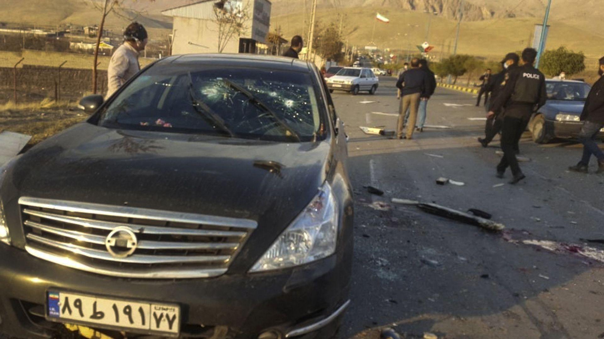 Иранският ядрен физик е убит с картечница, контролирана от сателит
