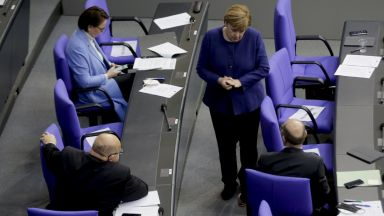 Германия отпусна дълговата спирачка
