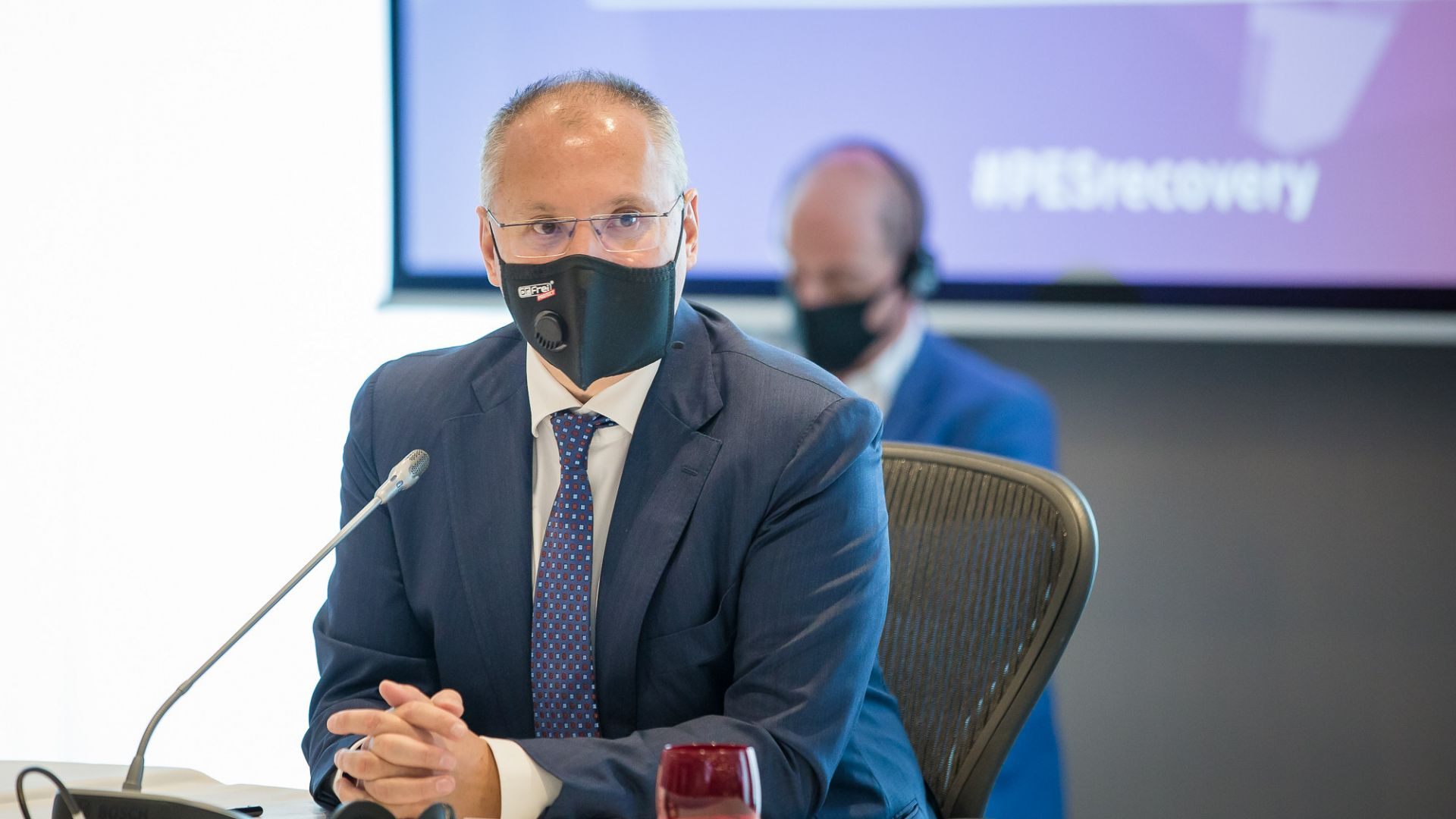 Сергей Станишев: Необходима е разяснителна кампания на ЕК за ваксините