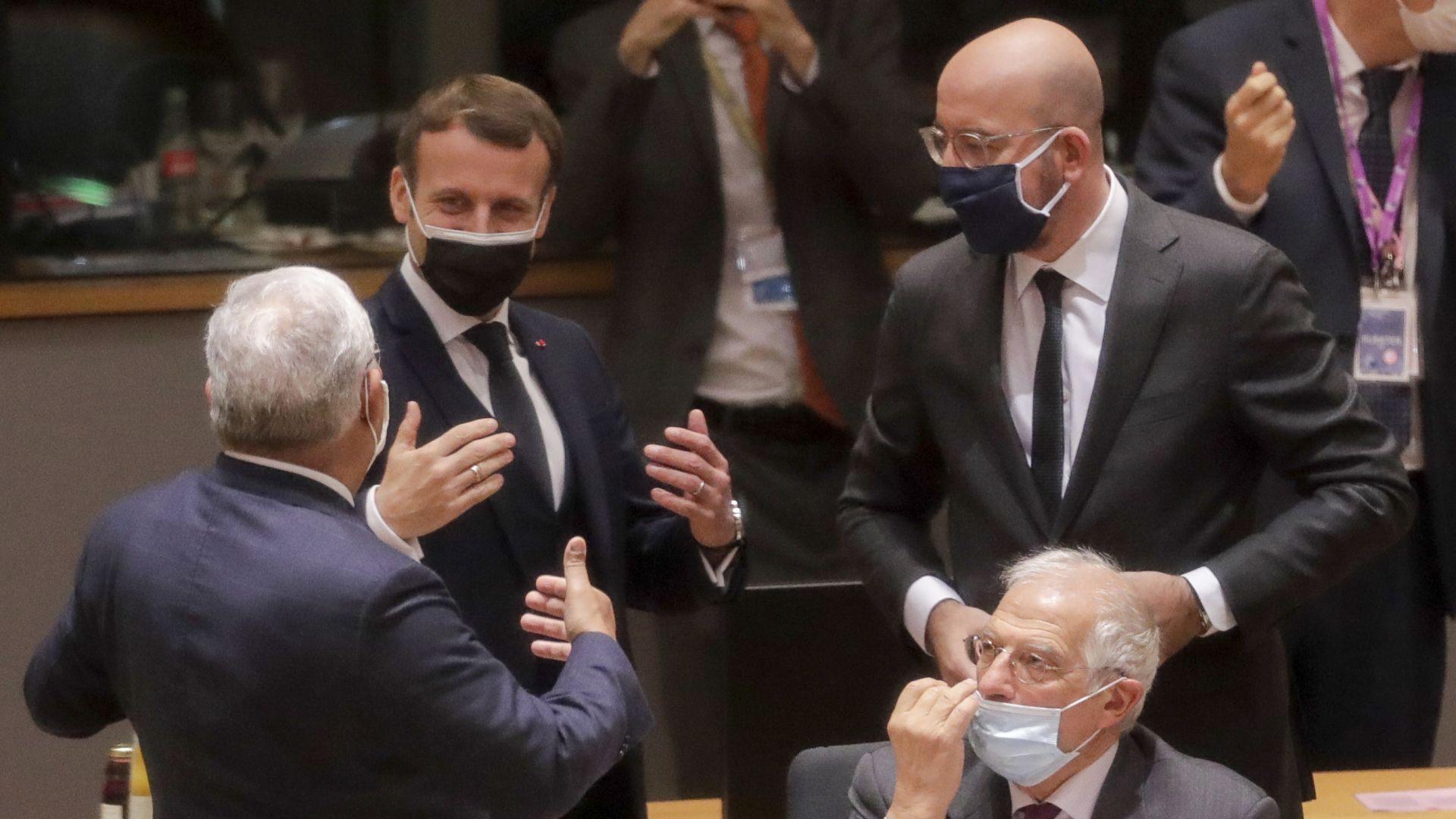 Европейски лидери се самоизолираха, след като Макрон се зарази с Covid-19
