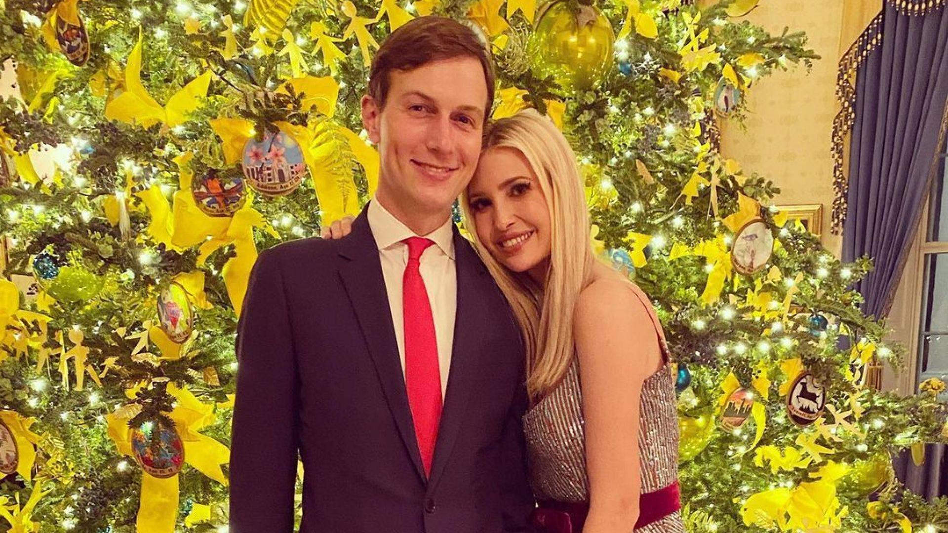 """Иванка Тръмп в блестящ тоалет на коледна разходка из Белия дом, купи си част от """"Острова на милиардерите"""""""